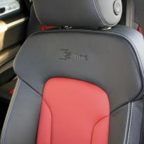 Audi q7 s-line 7 seat black leather with red inserts  silver stitching 006