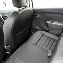 Dacia sandero stepway black leather 009