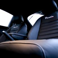Vw beetle sport black with silver stitching 005