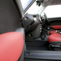 Mini r56 hatch standard koral red with silver stitching 011