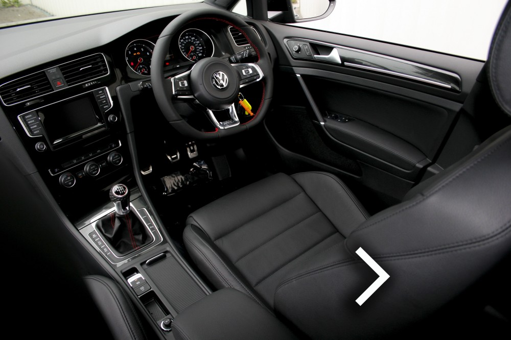 volkswagen golf leather seats automotive leather specialists trim technik. Black Bedroom Furniture Sets. Home Design Ideas