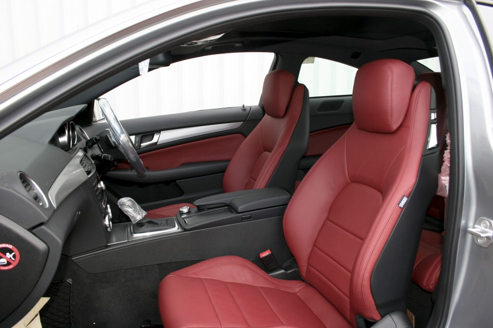 Mercedes 204 c class coupe sport with flamenco red leather for Mercedes benz c300 red interior