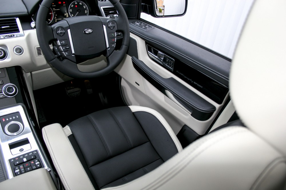 range rover sport leather seats automotive leather specialists trim technik. Black Bedroom Furniture Sets. Home Design Ideas
