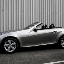 Merc 171 slk roadster black with silver stitching 001