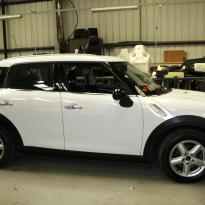 Mini clubman red leather seats