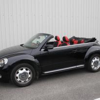 Beetle cabriolet design black with red outer boarders(1)
