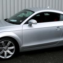 Audi tt coupe spt black leather with red inserts 001