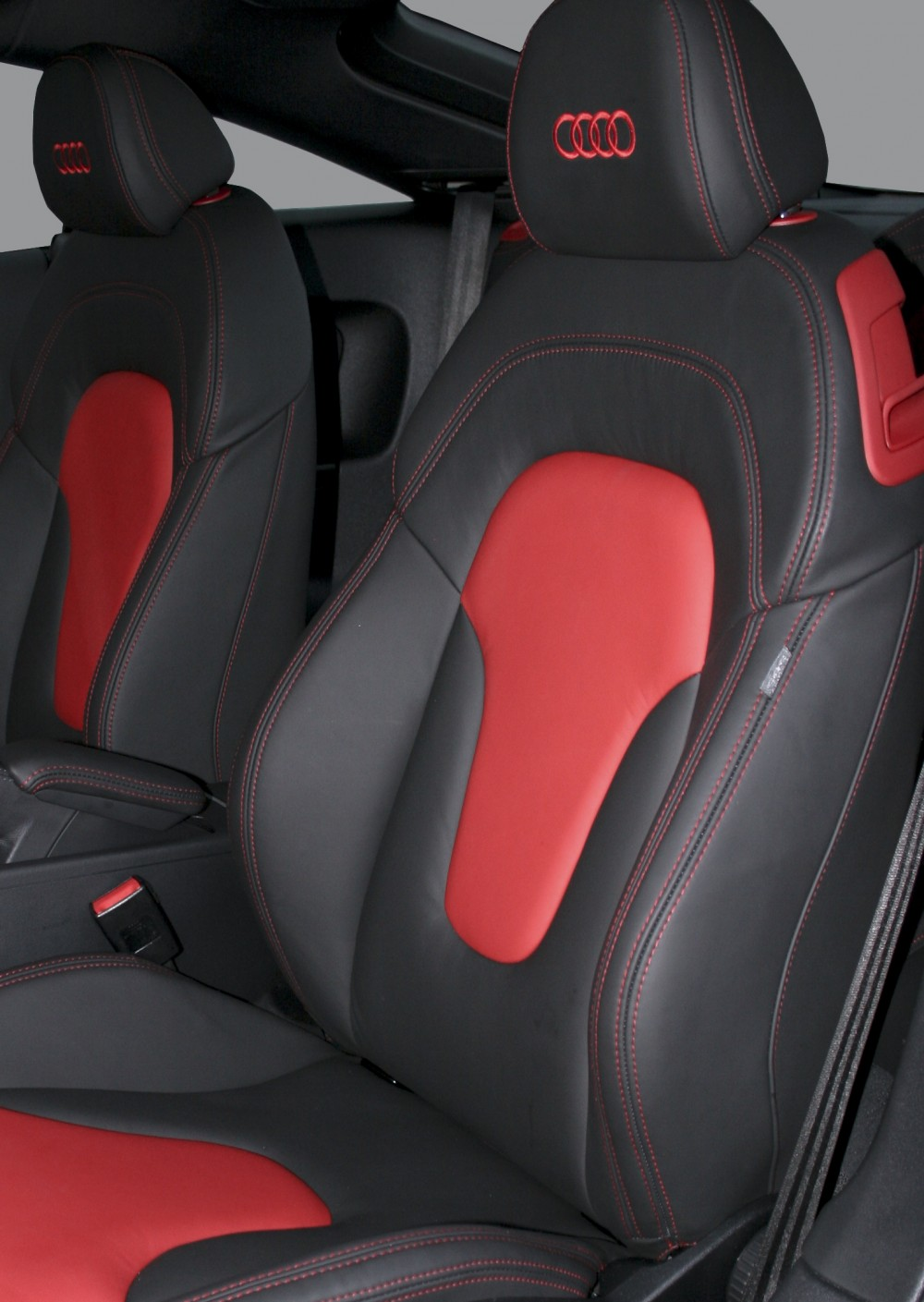 Picture of: Audi Tt Leather Seats Automotive Leather Specialists Trim Technik