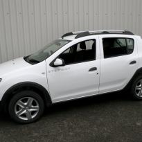 Dacia sandero stepway black leather 001