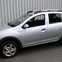 Dacia sandero stepway black leather with silver stitching 001