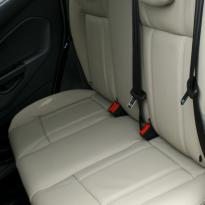 Ford fiesta 5dr titanium pearl leather 007