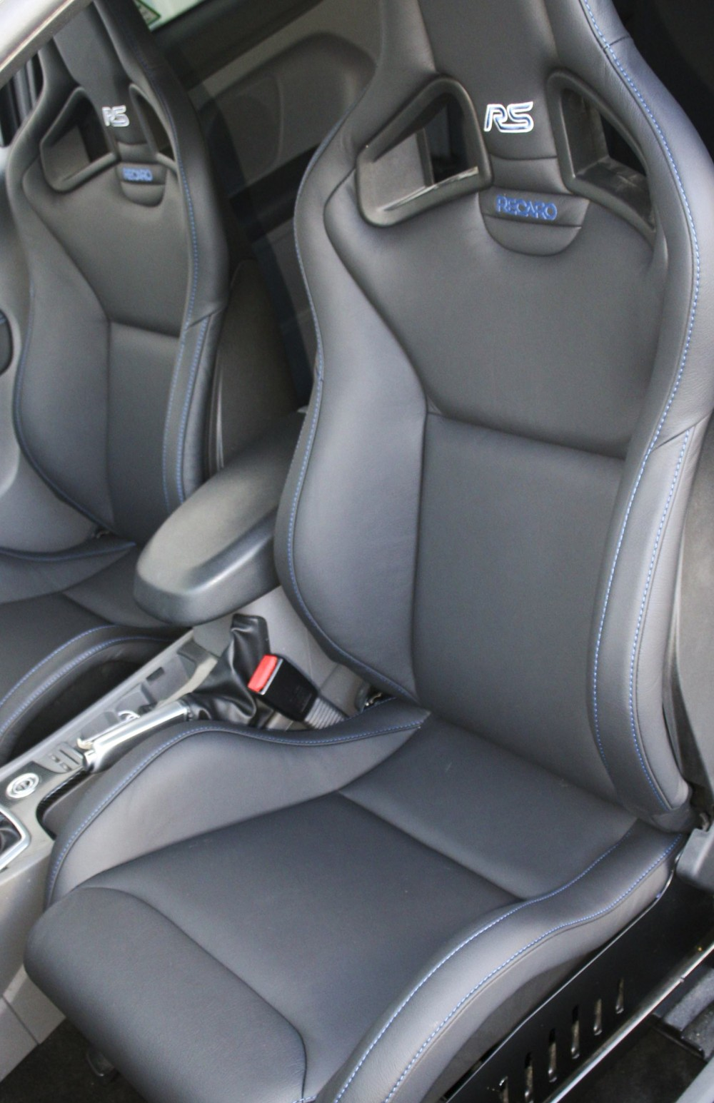 Ford Focus Rs Black Leather With Blue Stitching Trim Technik