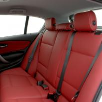 Bmw e87 sport nl dakota koral red with white stitching 006