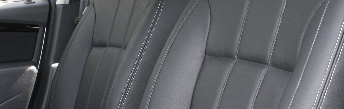 Dacia Duster Ambiance Black With Silver Stitching