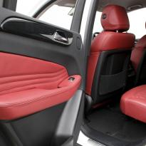 Merc 166 ml sport dark red nappa quilted with black stitching 014