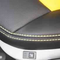 Audi a1 sptback se black with yellow inserts(11)
